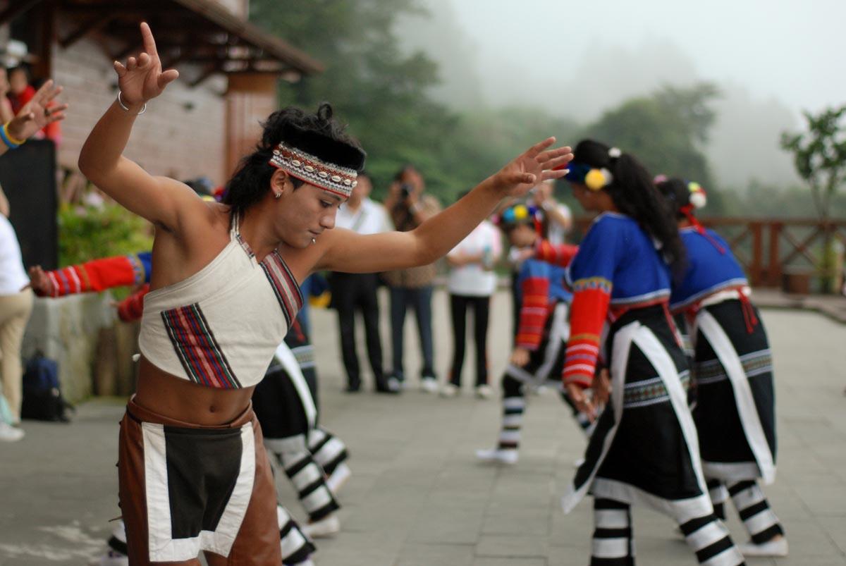 Tsou Dancer