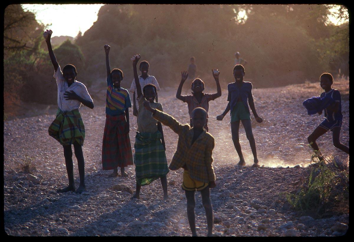 somalia-kids-and-dust